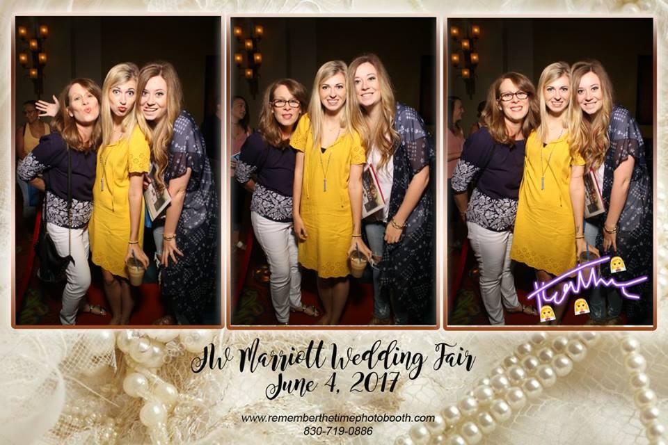 mirror photo booth wedding san antonio